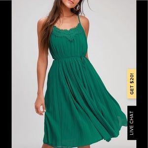 Lulu's green dress medium